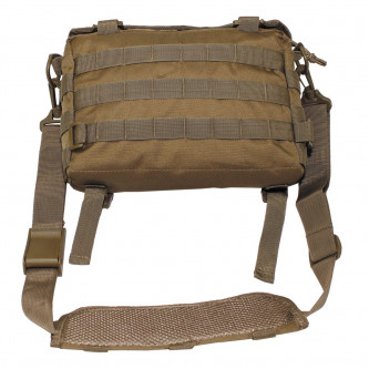 Чанта , модел ''МЕСИНЖЪР'' , система '' молле'' , цвят ''койот'' .
