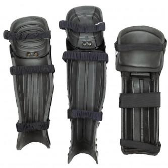 GB Протектори за коляно и пищял, изработени от твърда пластмаса, използвани