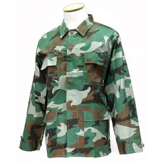 Риза- яке , камуфлажна , '' уудланд  камо''.