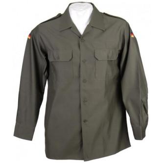 Риза от немската армия , ''олив '' , стари складови наличности .