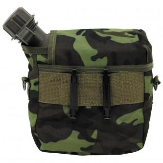Манерка за вода   модел от армията на САЩ    ъглова гърловина   ''M 95 CZ camo''