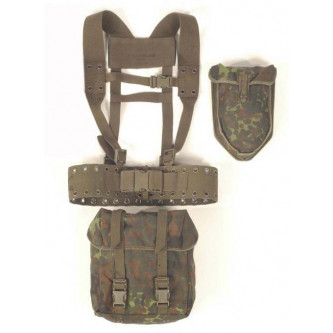 Немски тактически текстилен колан с презрамки , калъф и чанта гумирана .