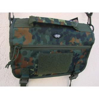 Чанта , модел ''МЕСИНЖЪР'' , система '' молле'' , цвят ''флектарн камо'' .